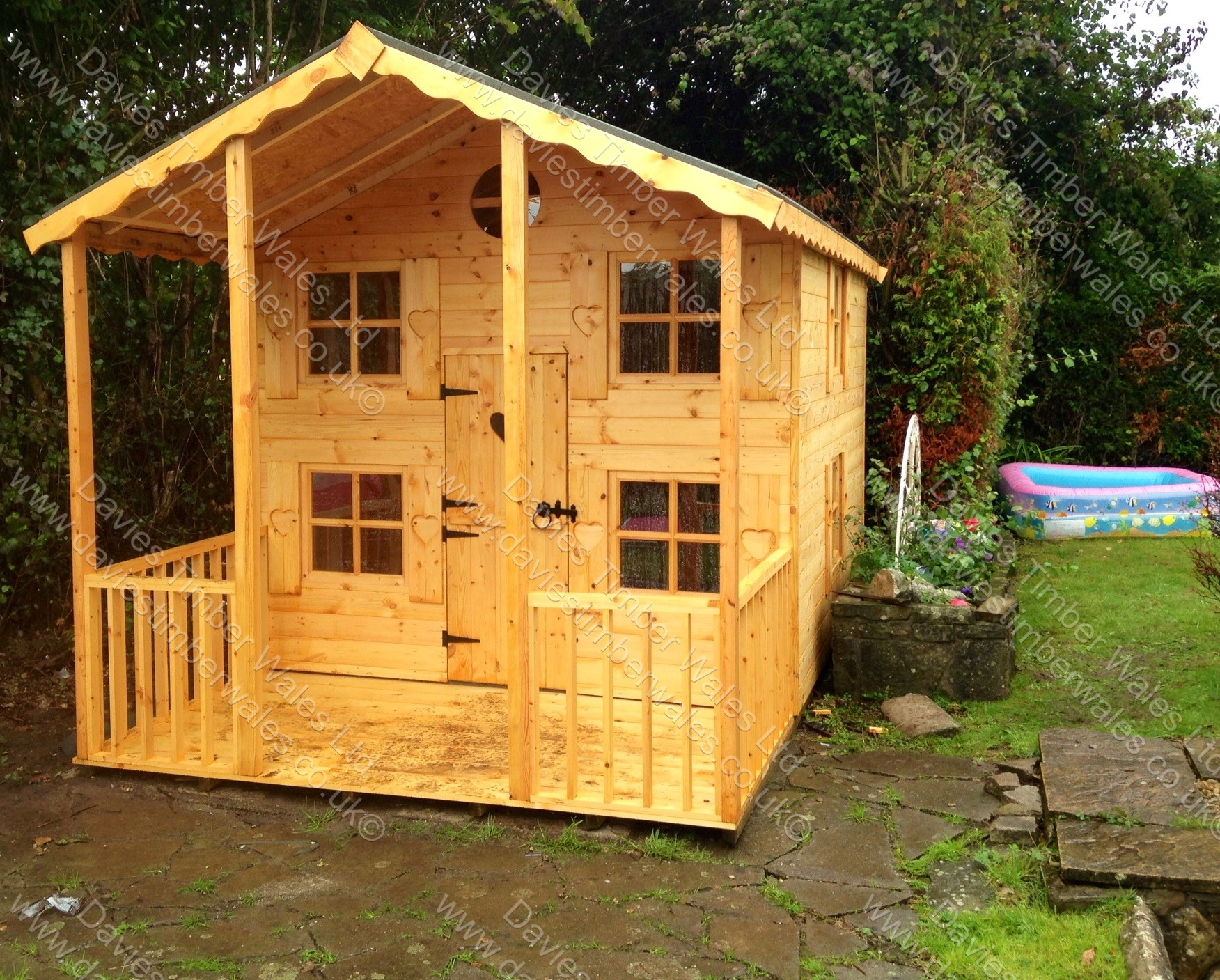 Wendy House with upstairs