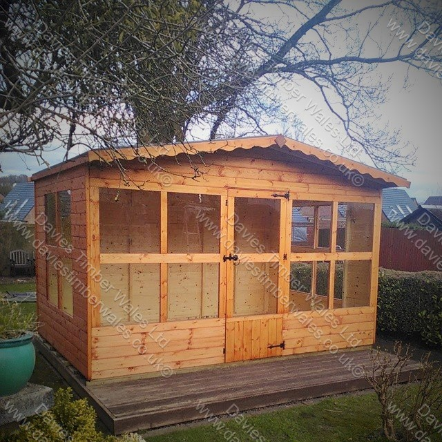 Raglan Summer House  12 x 8