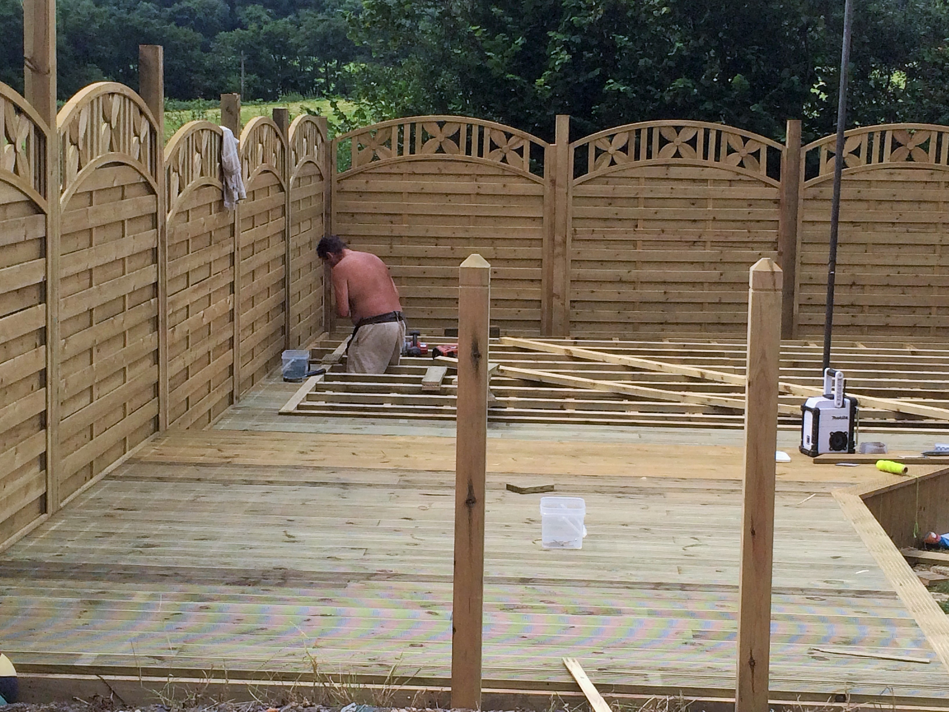 Decking & Fence Panels